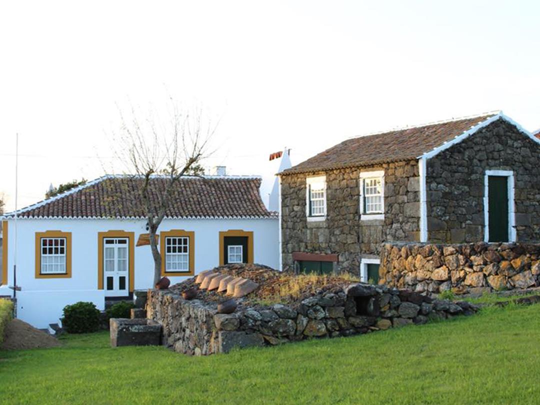 Casa Etnográfica e Moínho