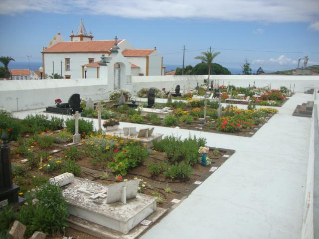 Cemitério das Doze Ribeiras